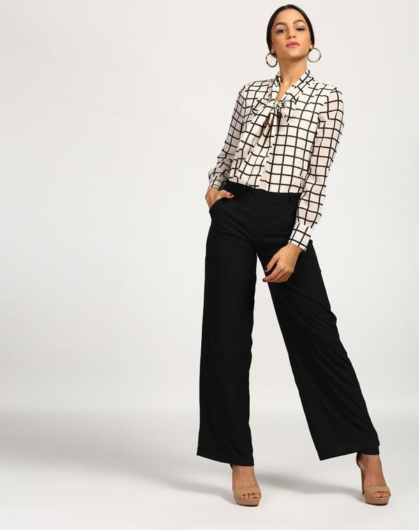 e082dfa69101 Buy Checkered Franklin Pussy Bow Jumpsuit Online in India at cooliyo ...