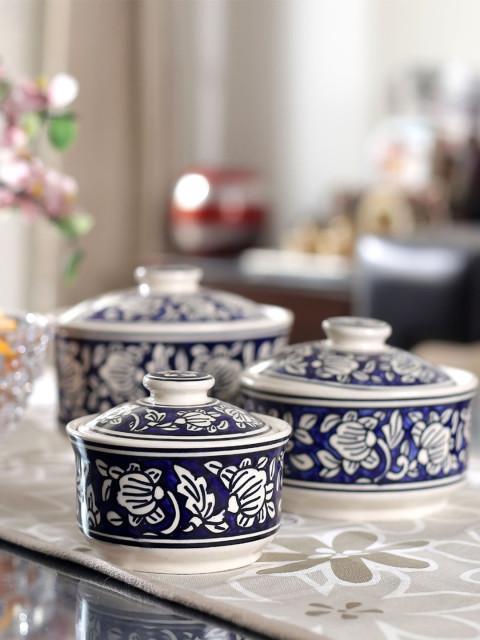 Buy Vareesha Set Of 3 Blue White Round Hand Painted Ceramic