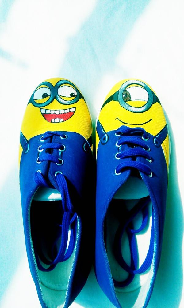 39980ca40168 Buy Minion Canvas Shoes Online in India at cooliyo   coolest ...