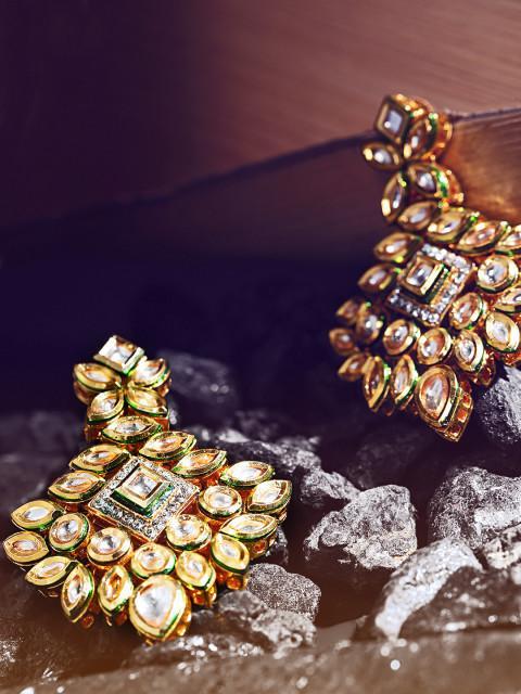 39a93a7e956e9 Melani Borsa White 18k Gold-Plated Handcrafted Kundan Stone-Studded Drop  Earrings