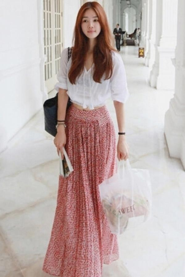 White Long Skirt And Top