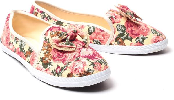 26e5618ba136 Buy Canvas Shoes Online in India at cooliyo   coolest products in ...