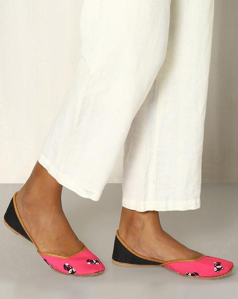 24b0f2e75717 Buy Chickudi Animal Print Handcrafted Juttis Online in India at ...